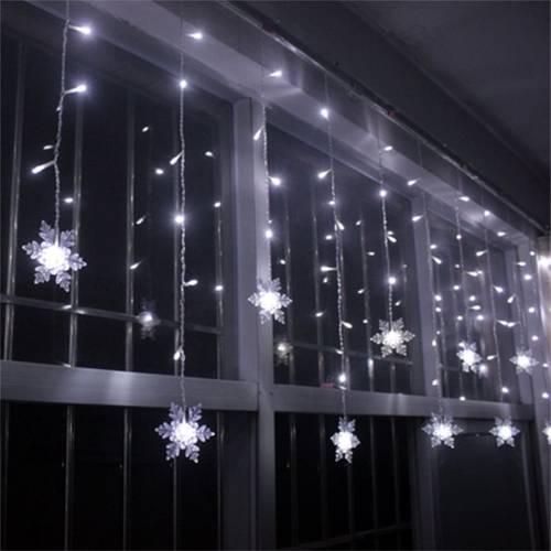 Instalatie Tip Turturi cu Fulgi Nea LED pentru Craciun, Lumina Alba, Exterior Interior, Lungime 5m, 100 LED-uri